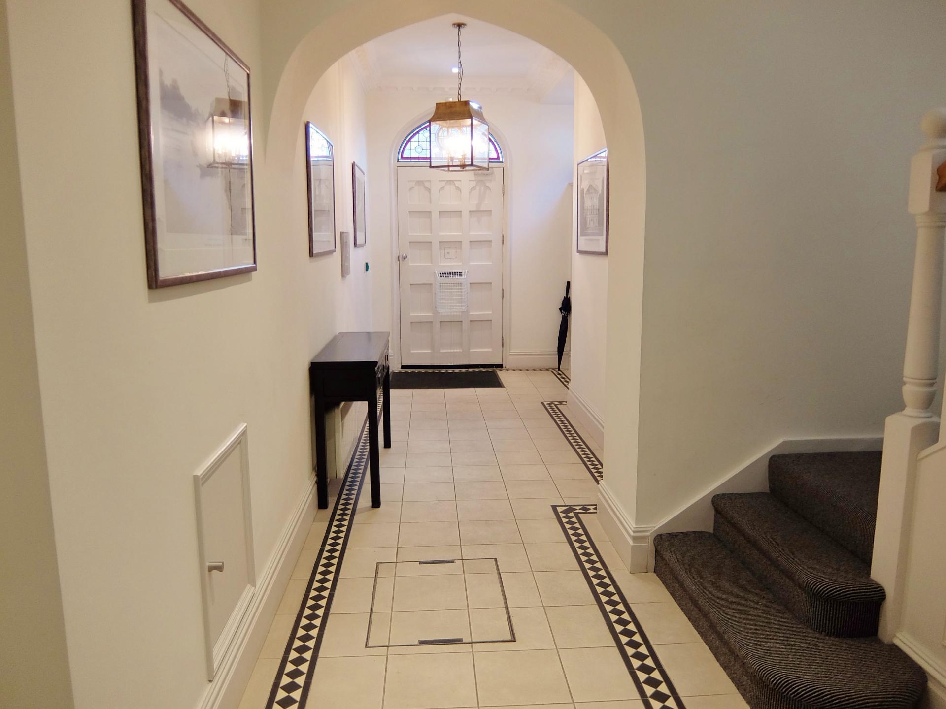 Entrance of Twickenham Newland Apartments, Twickenham, London - Citybase Apartments