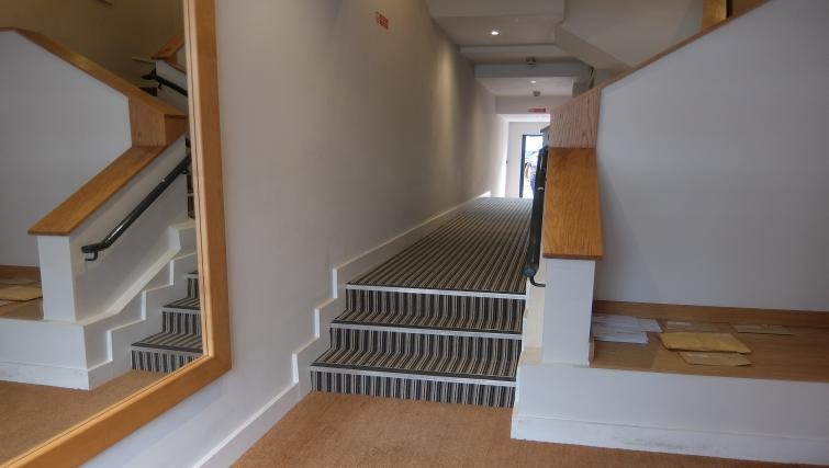 Lobby at Twickenham Fraser Apartment, Twickenham, London - Citybase Apartments