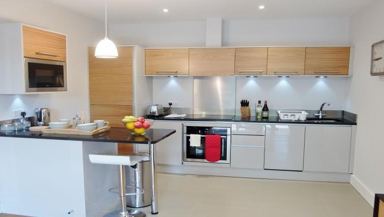 Kitchen at Twickenham Fraser Apartment, Twickenham, London - Citybase Apartments