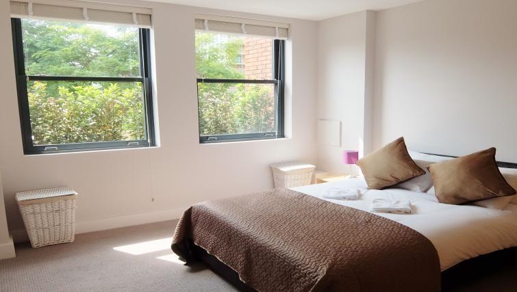 Bed at Twickenham Fraser Apartment, Twickenham, London - Citybase Apartments
