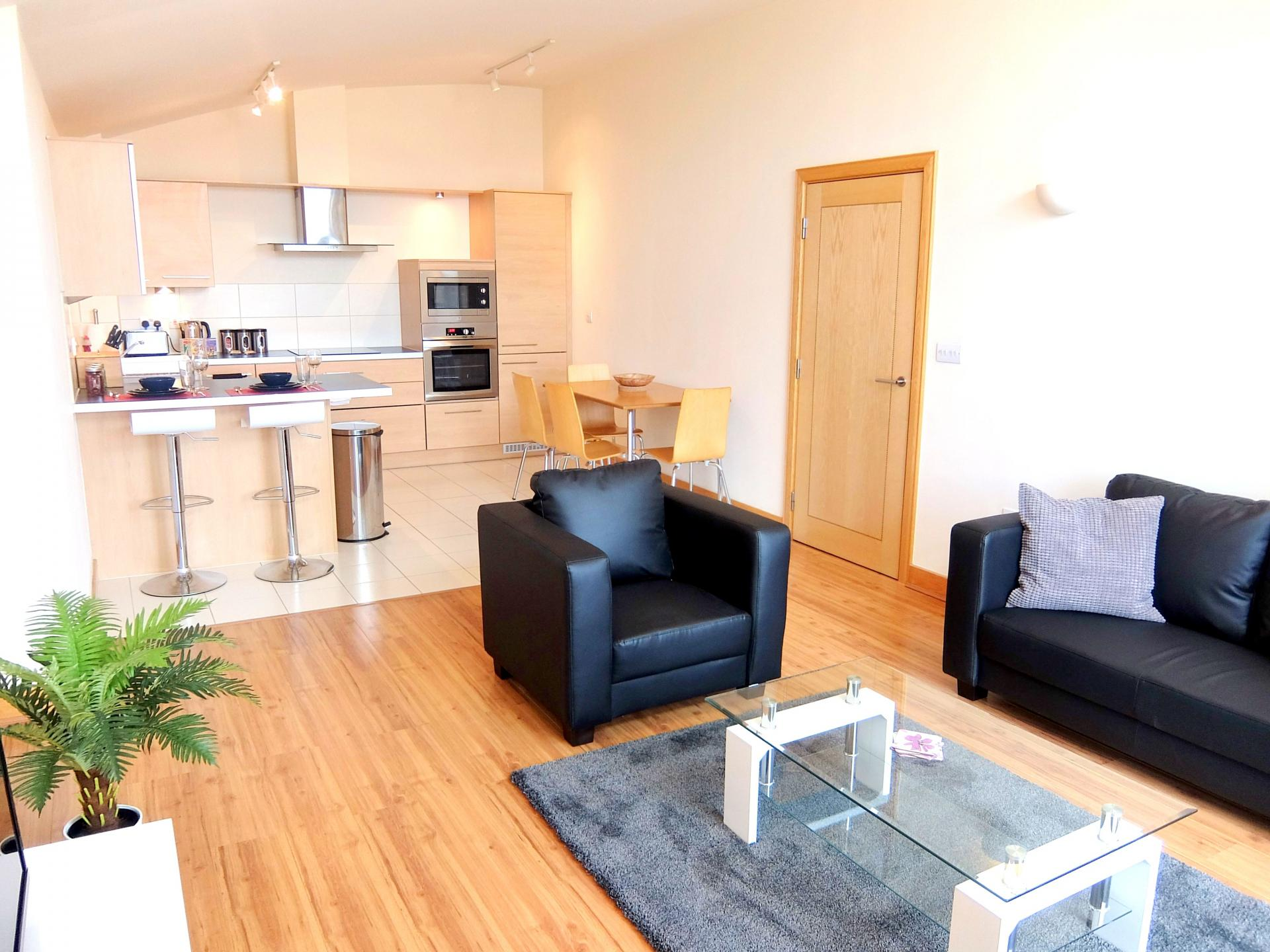 Living area at Hampton Court Serviced Apartments, Hampton Court, London - Citybase Apartments