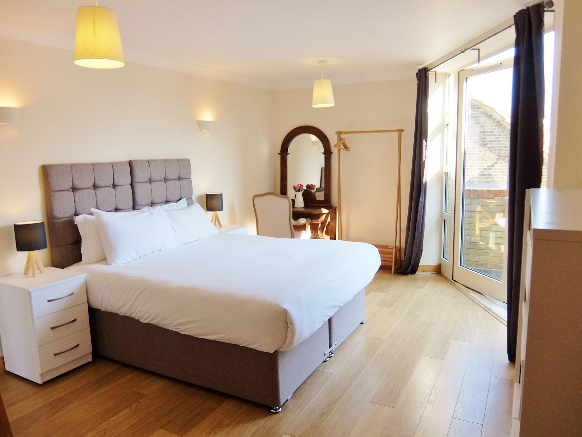 Bedroom at Hampton Court Serviced Apartments, Hampton Court, London - Citybase Apartments