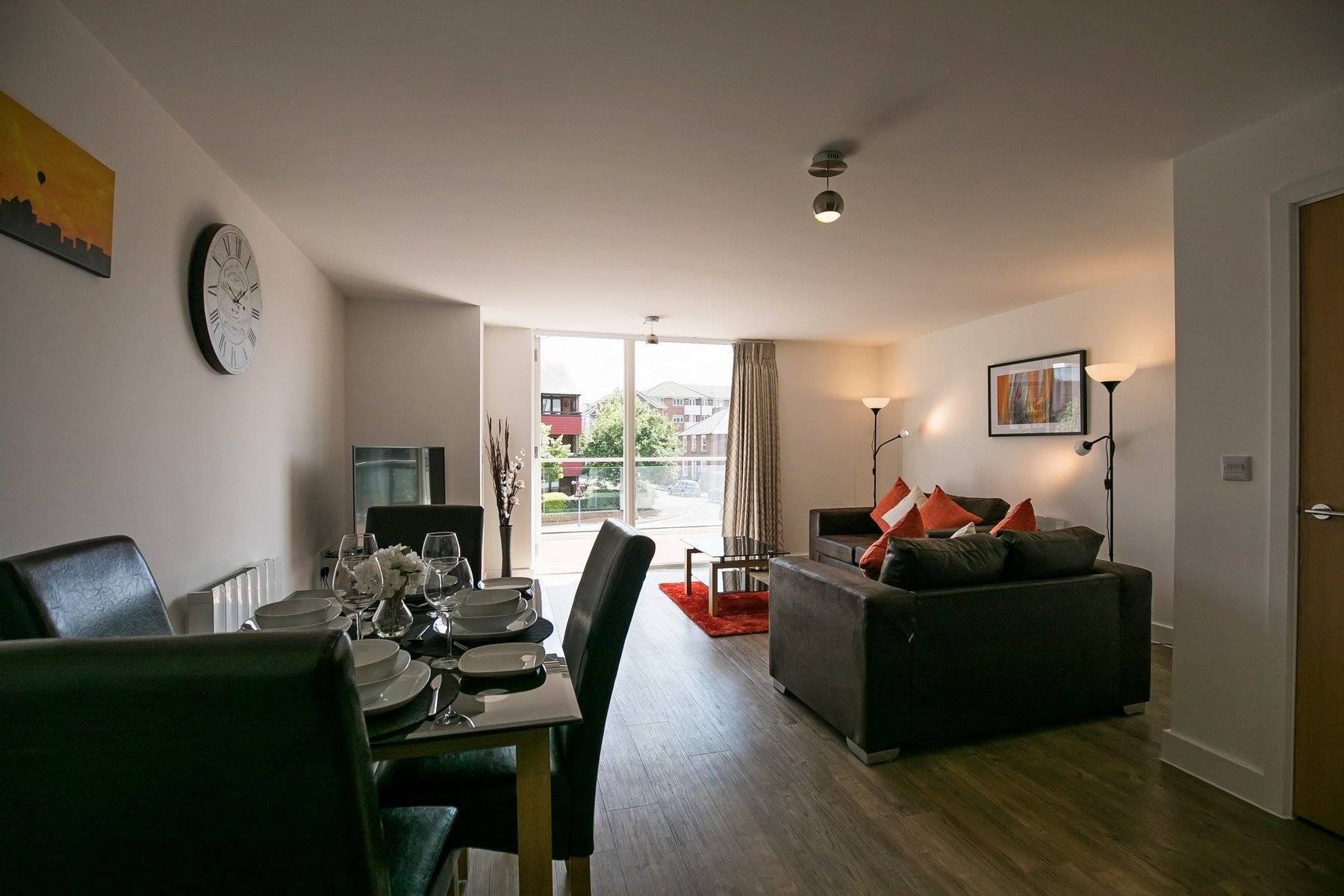 Sitting room at Kennet House Serviced Apartments, Centre, Reading - Citybase Apartments