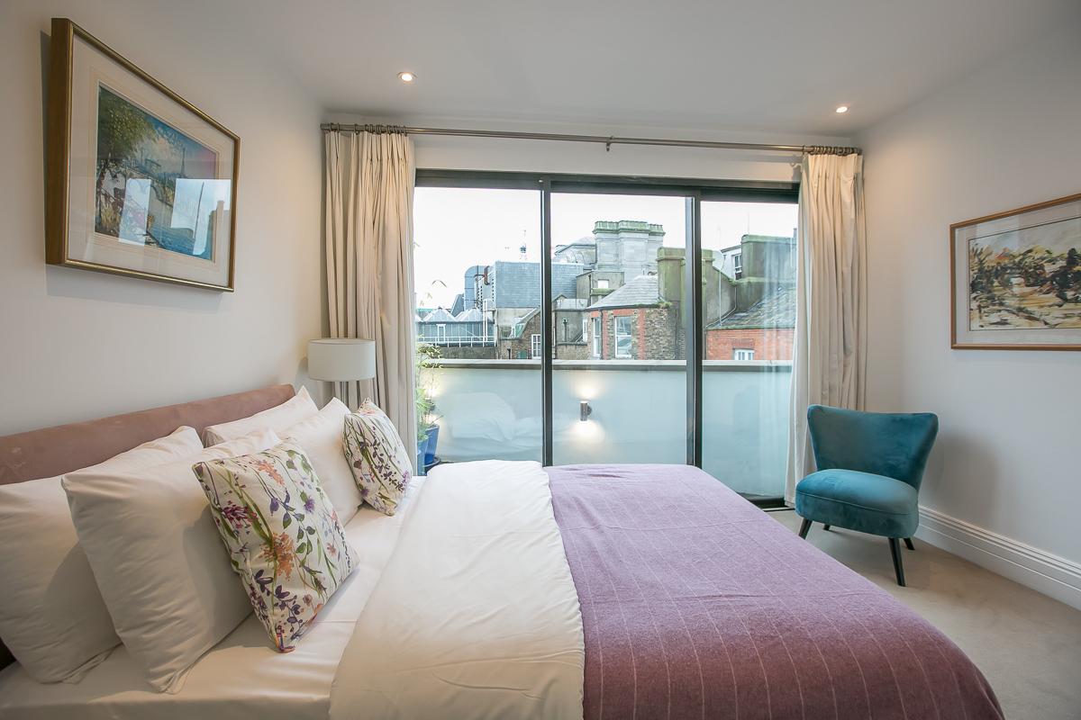 Bed at Trinity Gardens Apartment, Centre, Dublin - Citybase Apartments