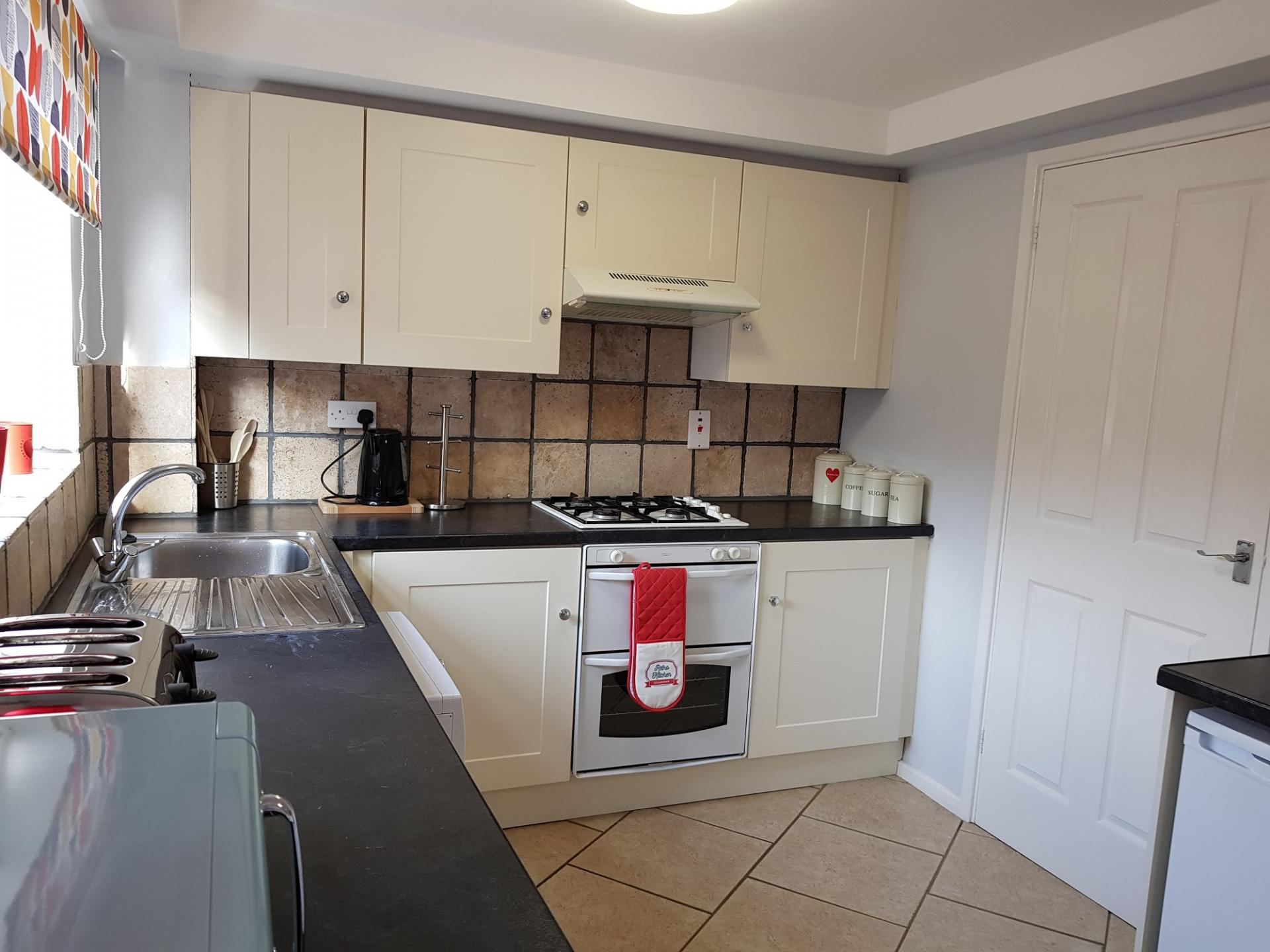 Kitchen at Penllech House, Top Valley, Nottingham - Citybase Apartments