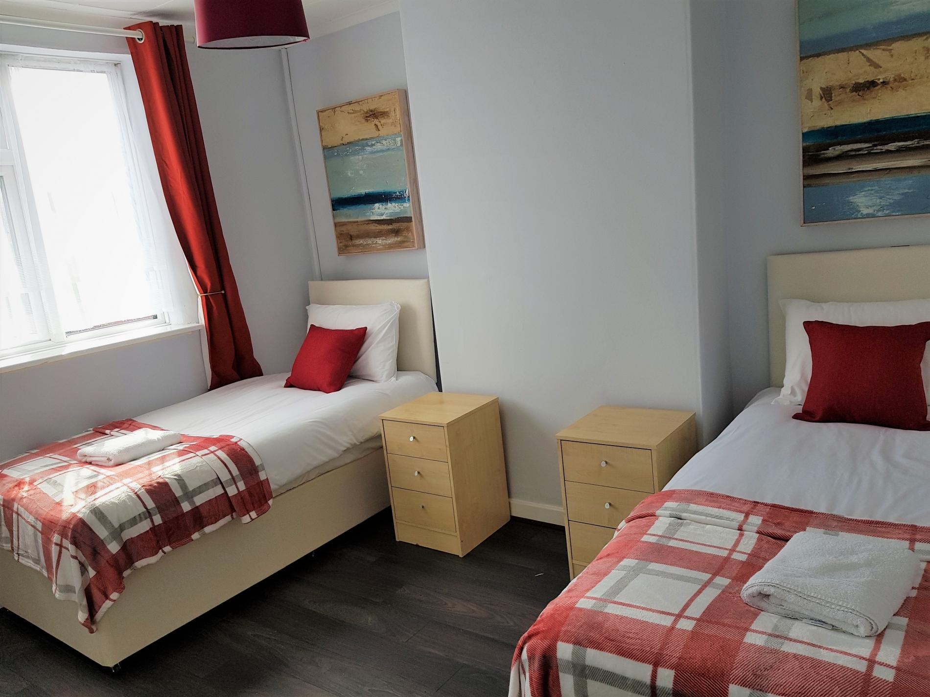 Twin at Garden City House, Carlton, Nottingham - Citybase Apartments