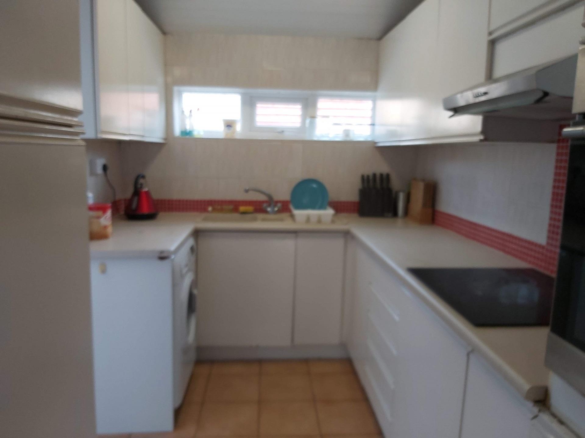 Kitchen at Garden City House, Carlton, Nottingham - Citybase Apartments