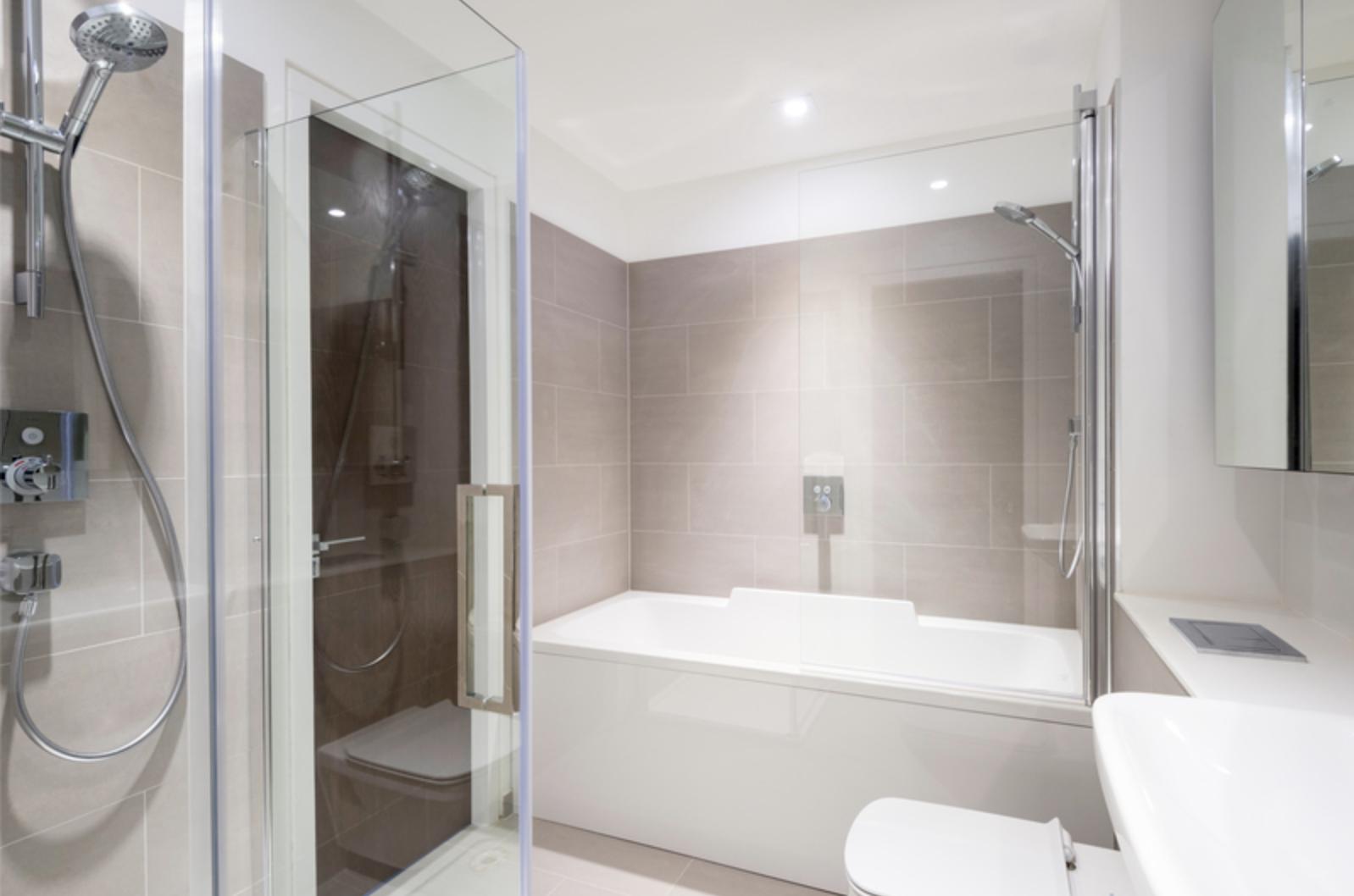 Bathroom at Drum Court Apartments, Barnsbury, London - Citybase Apartments