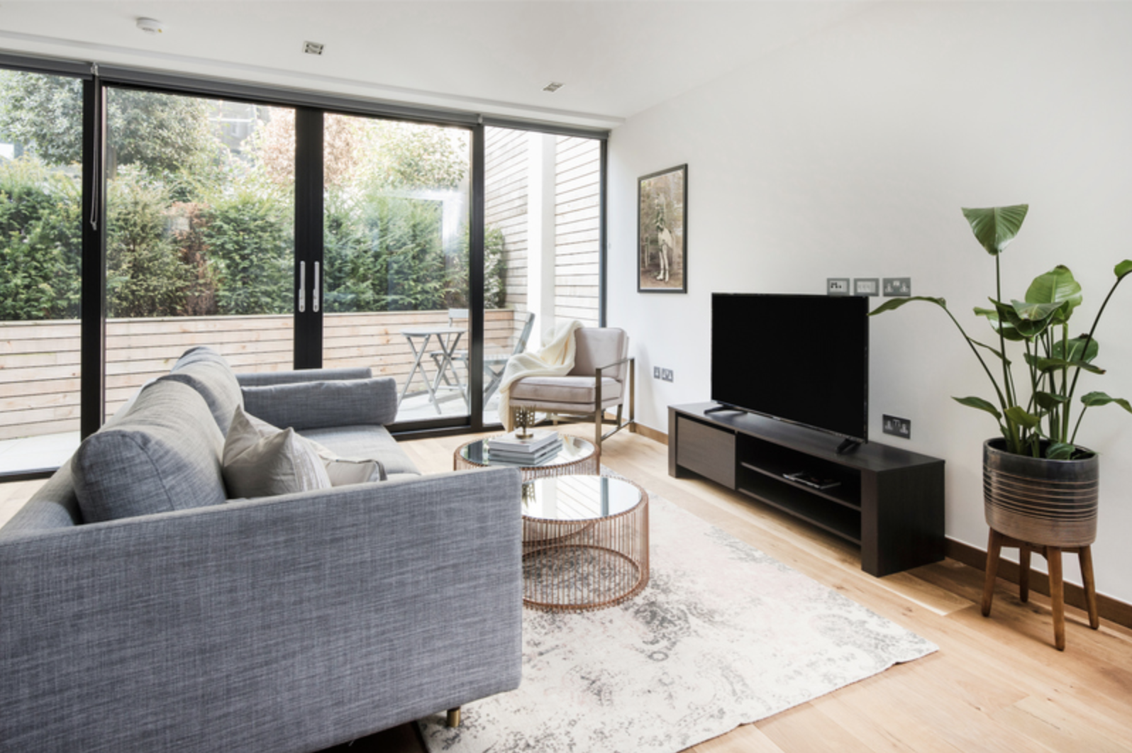 Living room at Drum Court Apartments, Barnsbury, London - Citybase Apartments