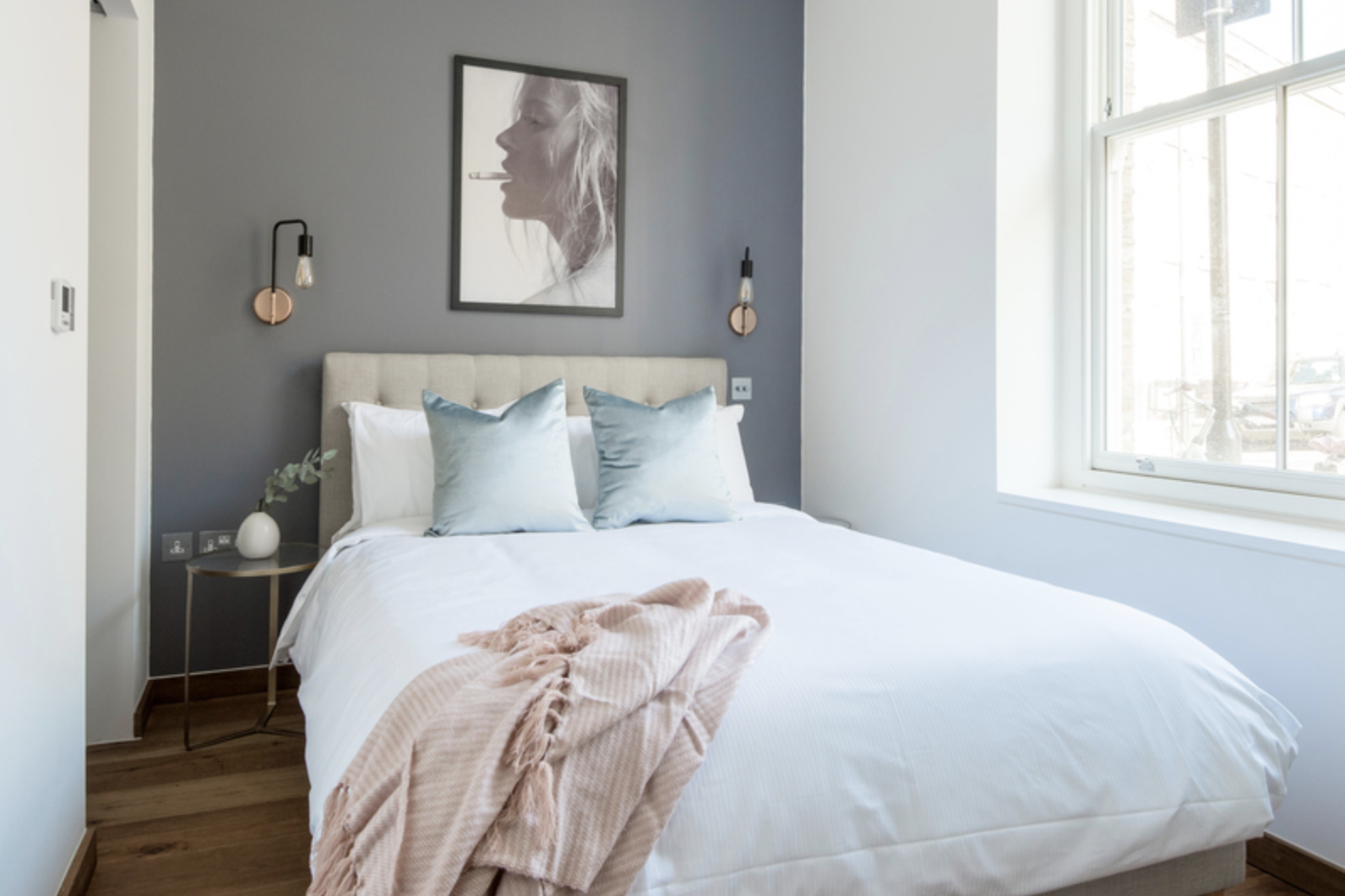 Large bed at Drum Court Apartments, Barnsbury, London - Citybase Apartments