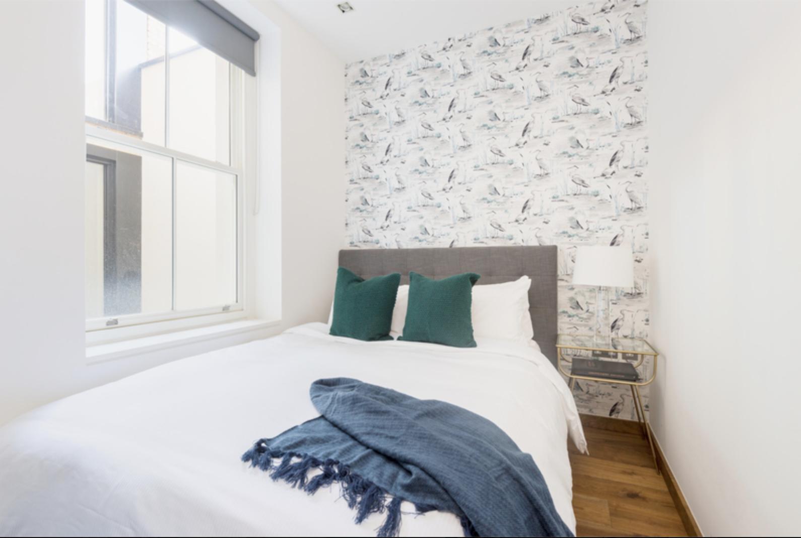 Green pillows at Drum Court Apartments, Barnsbury, London - Citybase Apartments