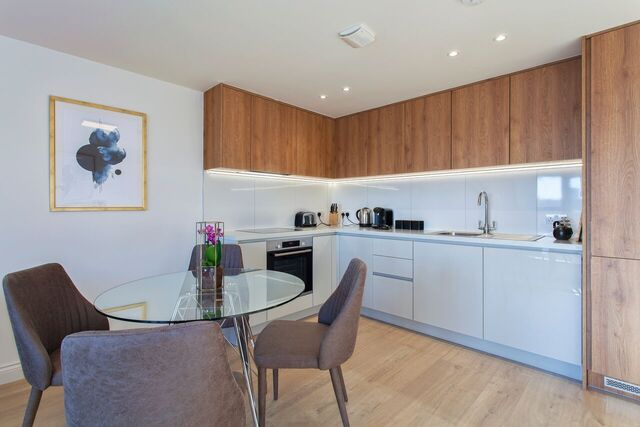 Kitchen at Brixham Court Apartments, Centre, Staines - Citybase Apartments