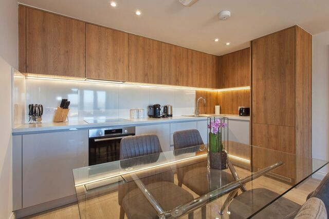 Kitchen diner at Brixham Court Apartments, Centre, Staines - Citybase Apartments