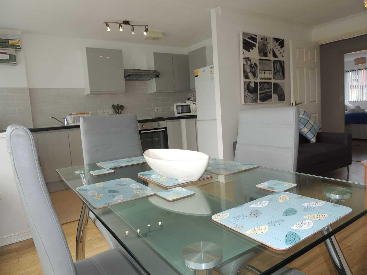 Dining table at South Row Apartments - Citybase Apartments