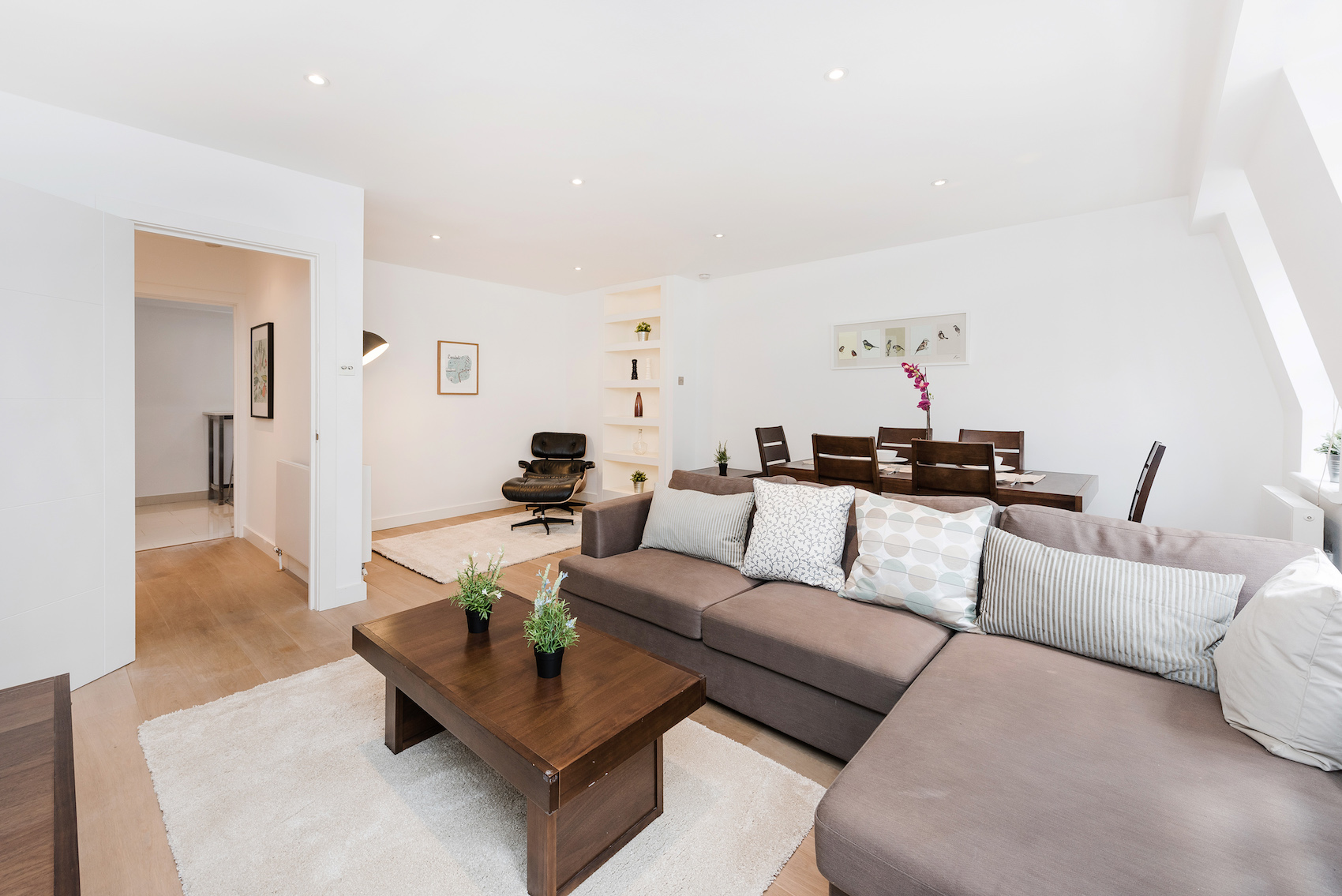 Lounge at Short Gardens Apartment, Covent Garden, London - Citybase Apartments