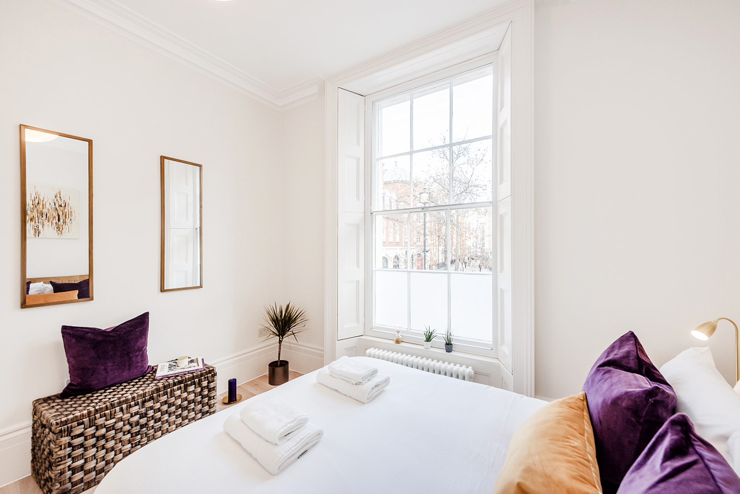Large window at Short Gardens Apartment, Covent Garden, London - Citybase Apartments