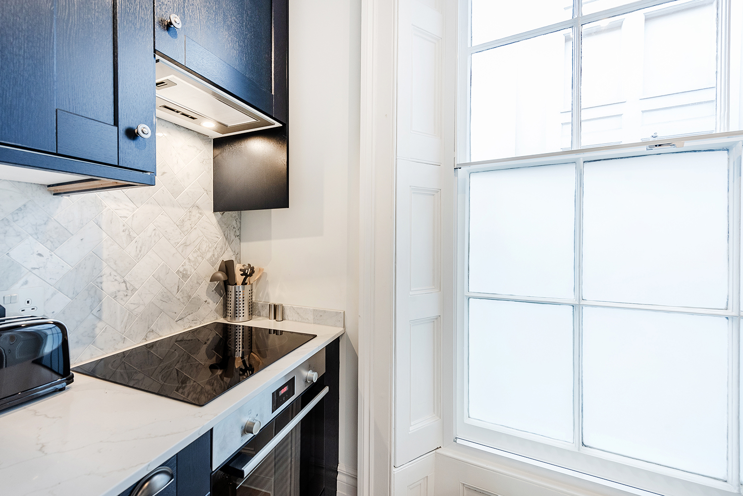 Kitchen at Short Gardens Apartment, Covent Garden, London - Citybase Apartments