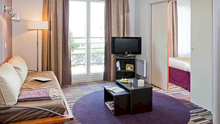Living area in Adagio Paris Buttes Chaumont - Citybase Apartments