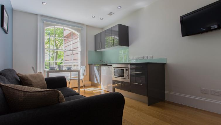 Living area at Paddington Green Apartments - Citybase Apartments