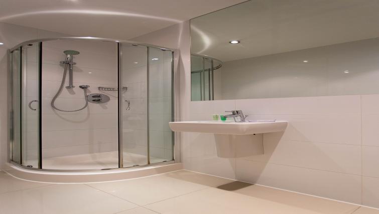 Bathroom at Paddington Green Apartments - Citybase Apartments