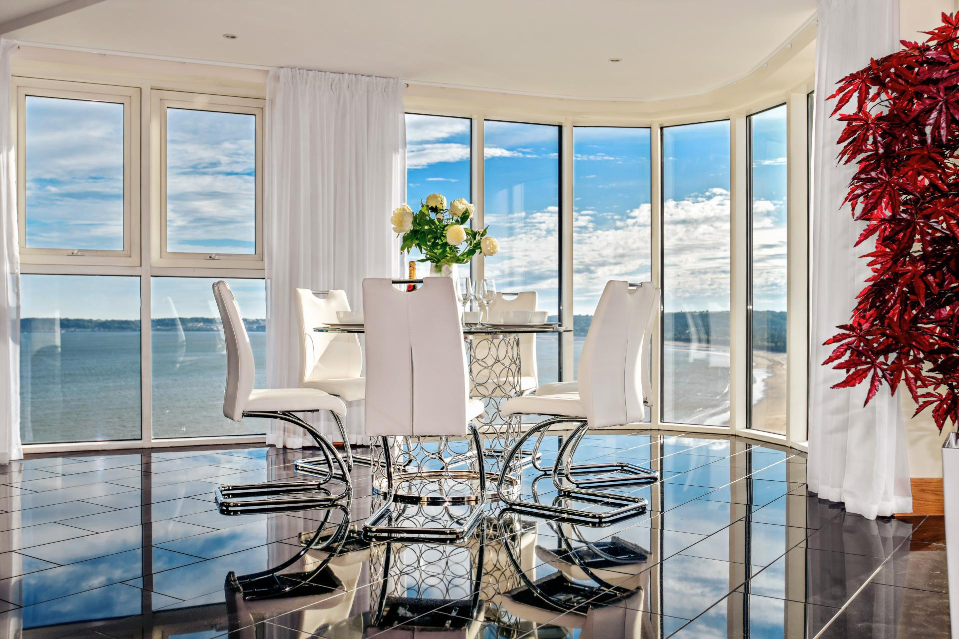 Dining table at Meridian Quay Penthouses, Maritime Quarter, Swansea - Citybase Apartments