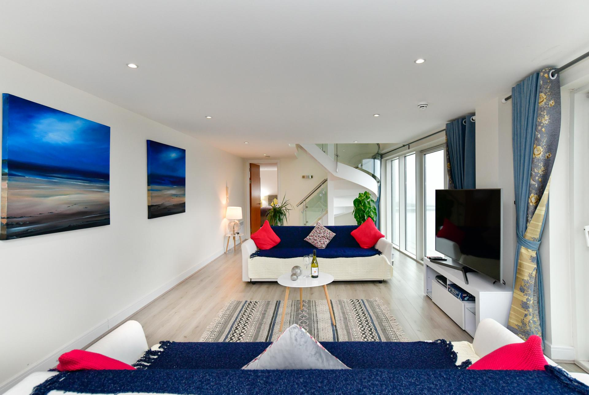Lounge at Meridian Quay Penthouses, Maritime Quarter, Swansea - Citybase Apartments