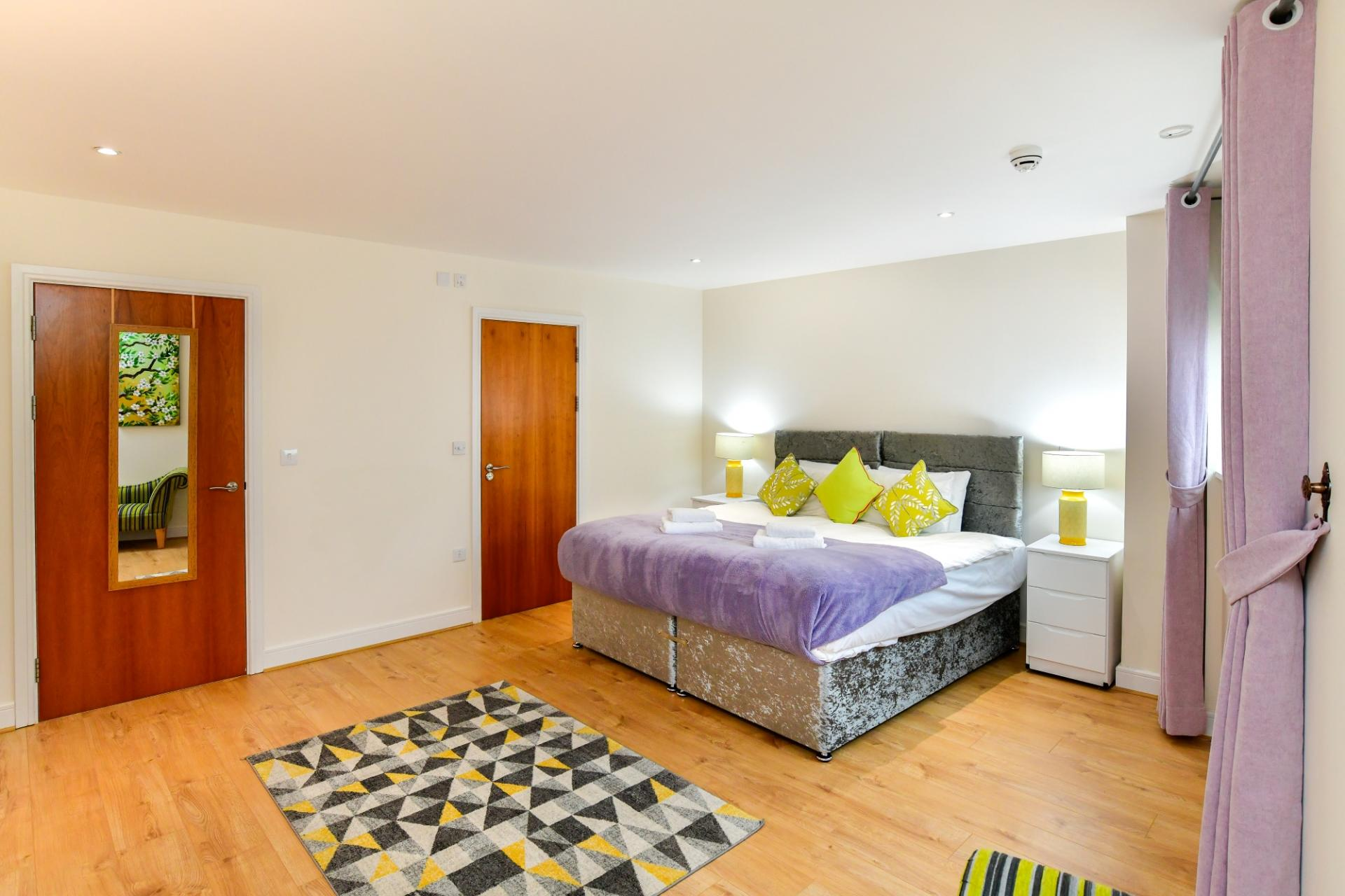 Master Bedroom at Meridian Quay Penthouses, Maritime Quarter, Swansea - Citybase Apartments