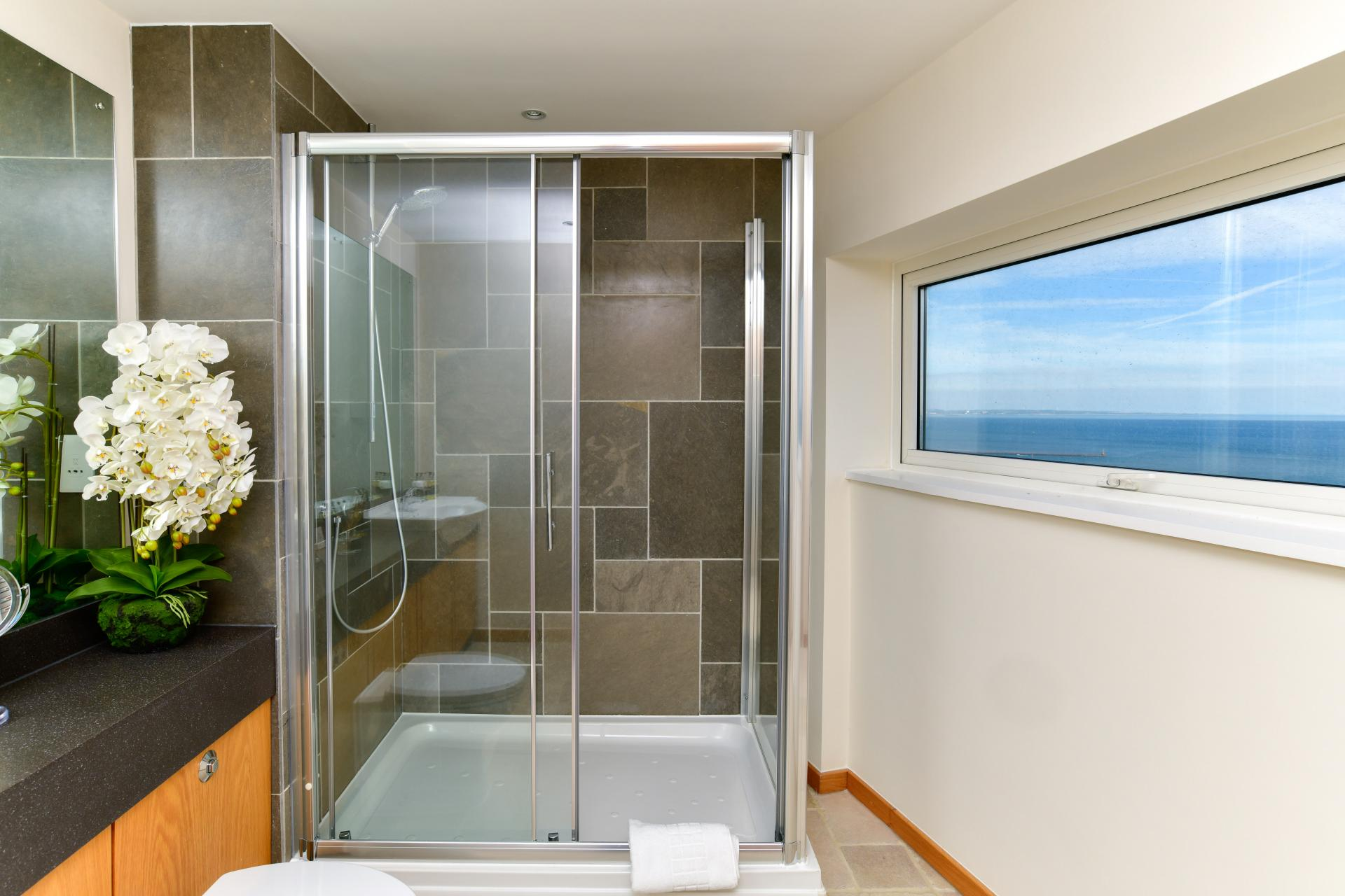 Bathroom 3 at Meridian Quay Penthouses, Maritime Quarter, Swansea - Citybase Apartments