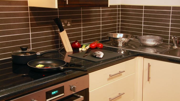 Kitchen in Best Western Maitrise Suites Hotel - Citybase Apartments