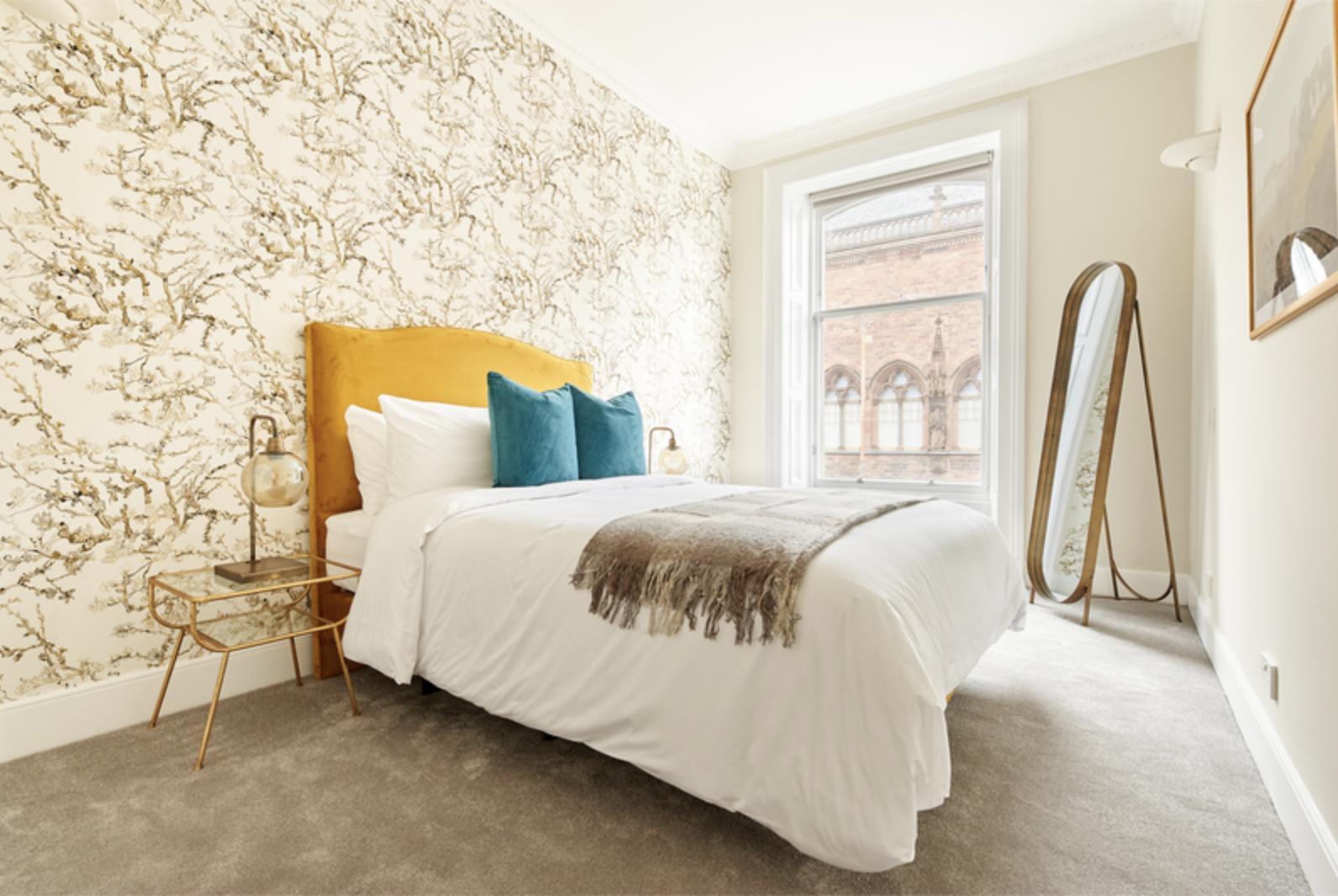 Bed at Royal Garden Serviced Apartments, Centre, Edinburgh - Citybase Apartments