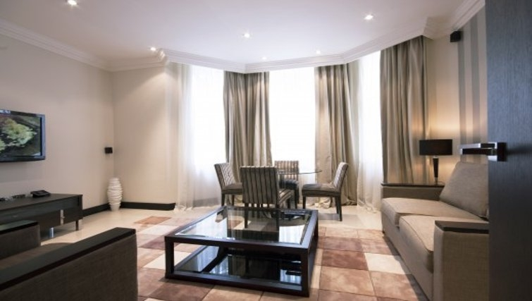Stunning living area in Brunel Crescent Apartments - Citybase Apartments
