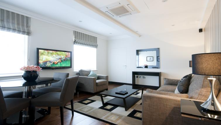 Living room at 130 Queens Gate Apartments - Citybase Apartments