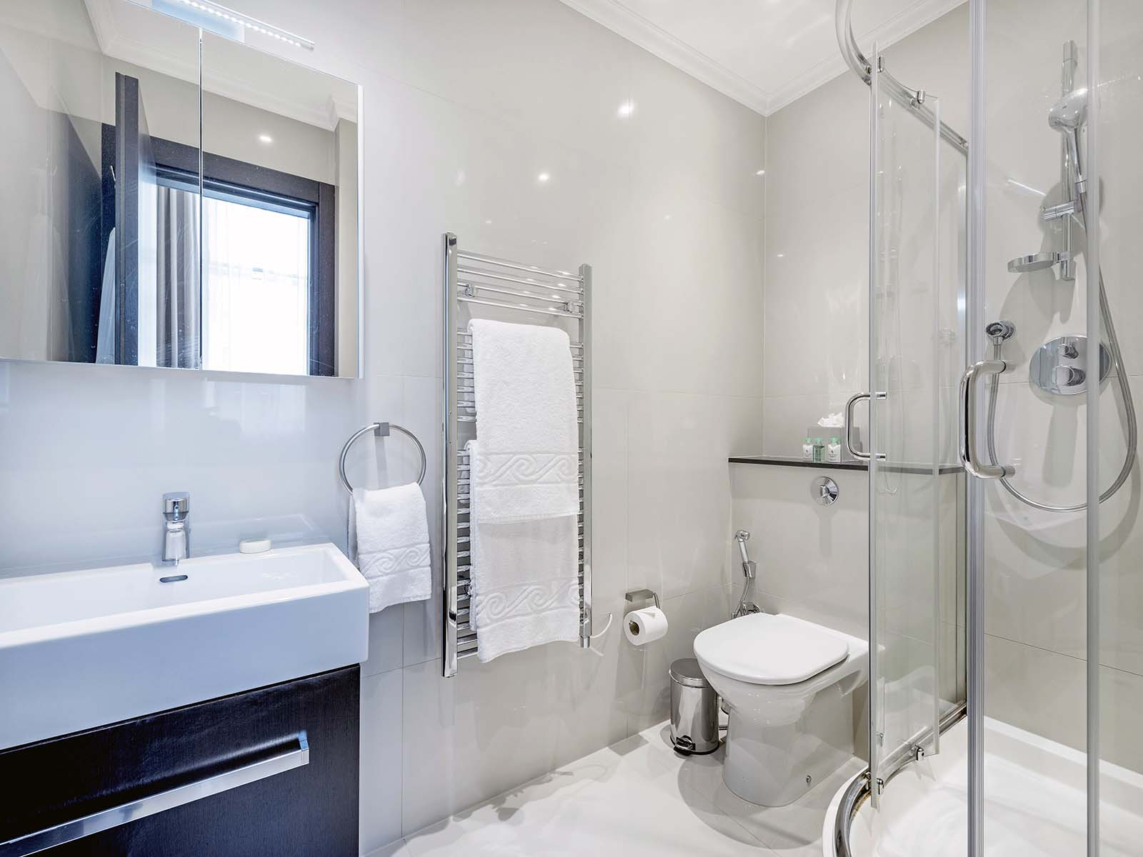 Shower at 130 Queens Gate Apartments, South Kensington, London - Citybase Apartments