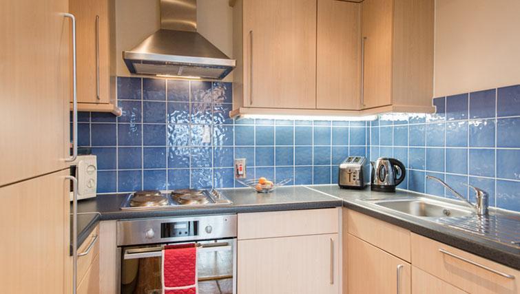 Contemporary kitchen in Premier Suites Bristol Redcliffe Apartments - Citybase Apartments
