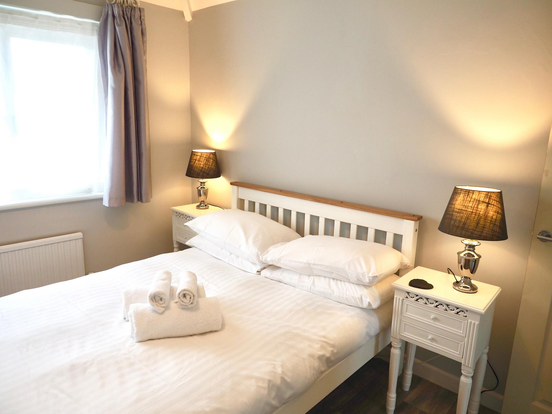 Bed at Exeter Suite Apartments, Headington, Oxford - Citybase Apartments