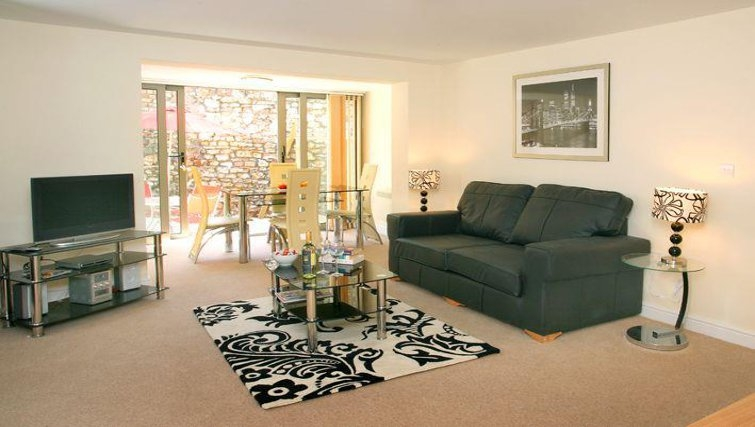 Pristine living area in Cotham Lawn Apartments - Citybase Apartments