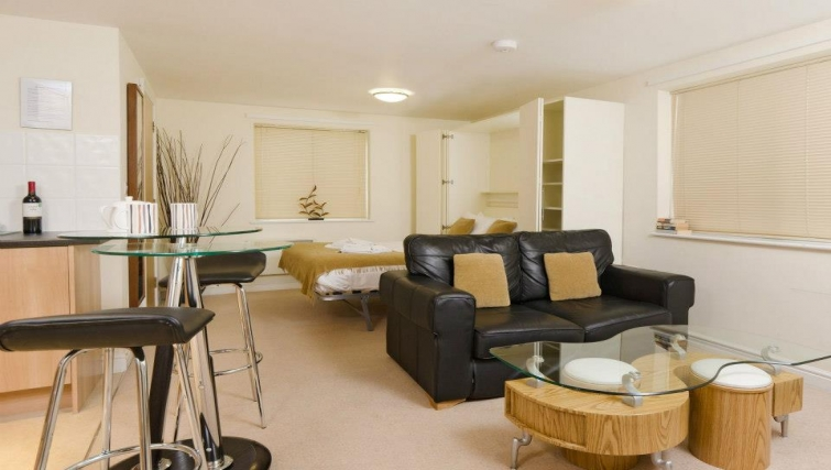 Impeccable living area in Cotham Lawn Apartments - Citybase Apartments