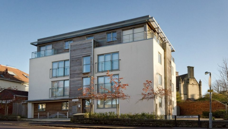 Great exterior of Cotham Lawn Apartments - Citybase Apartments