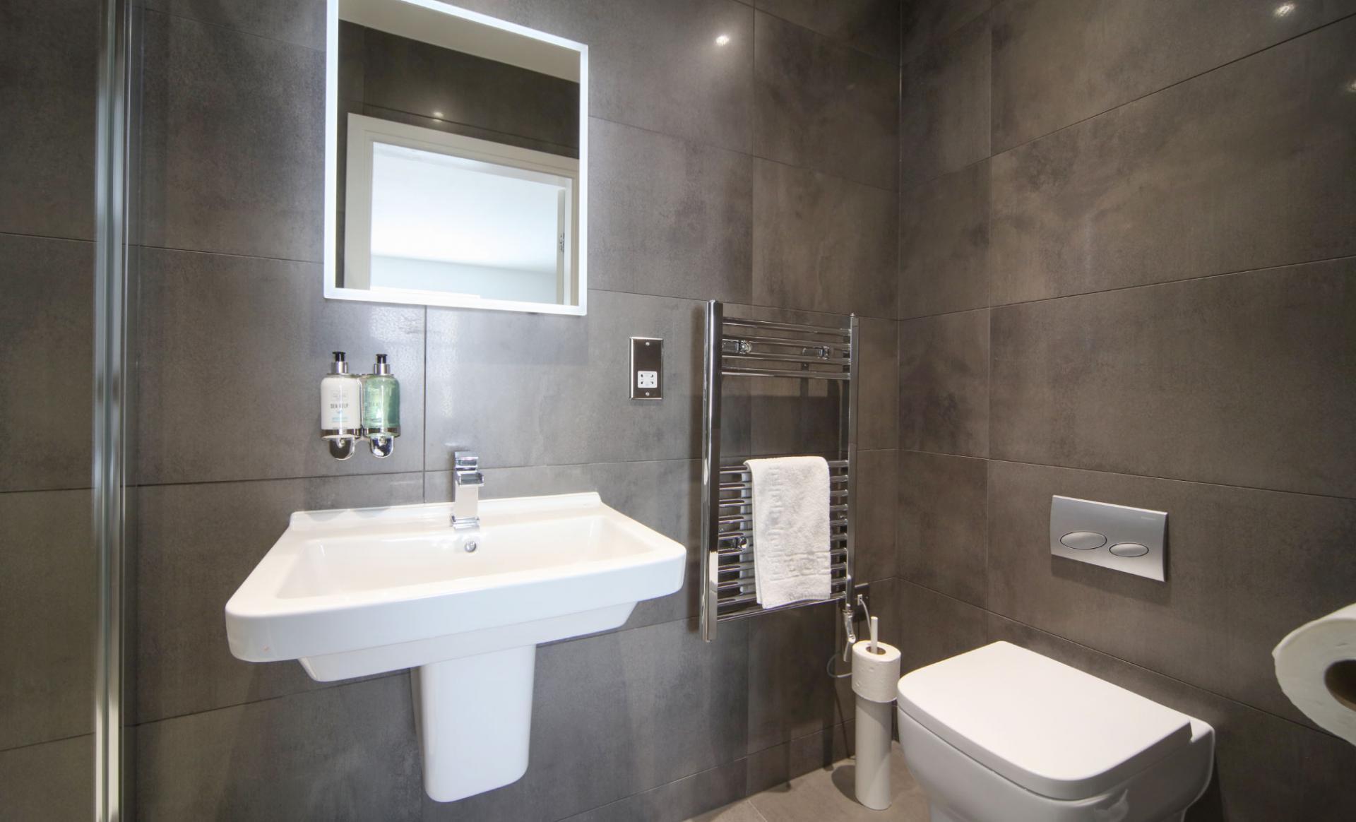 WC at Citystop Apartments, Ropewalks, Liverpool - Citybase Apartments
