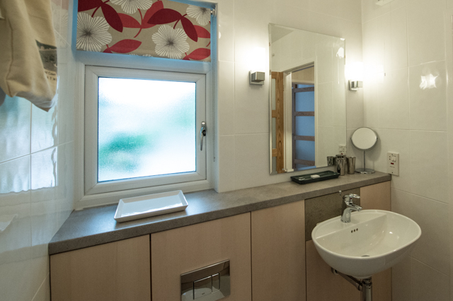 Sink at Oakfield Court Apartment Hotel, Sale, Manchester - Citybase Apartments