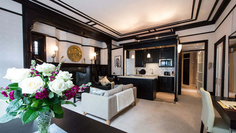 Beautiful furnishings at Oakfield Court Apartment Hotel, Sale, Manchester - Citybase Apartments