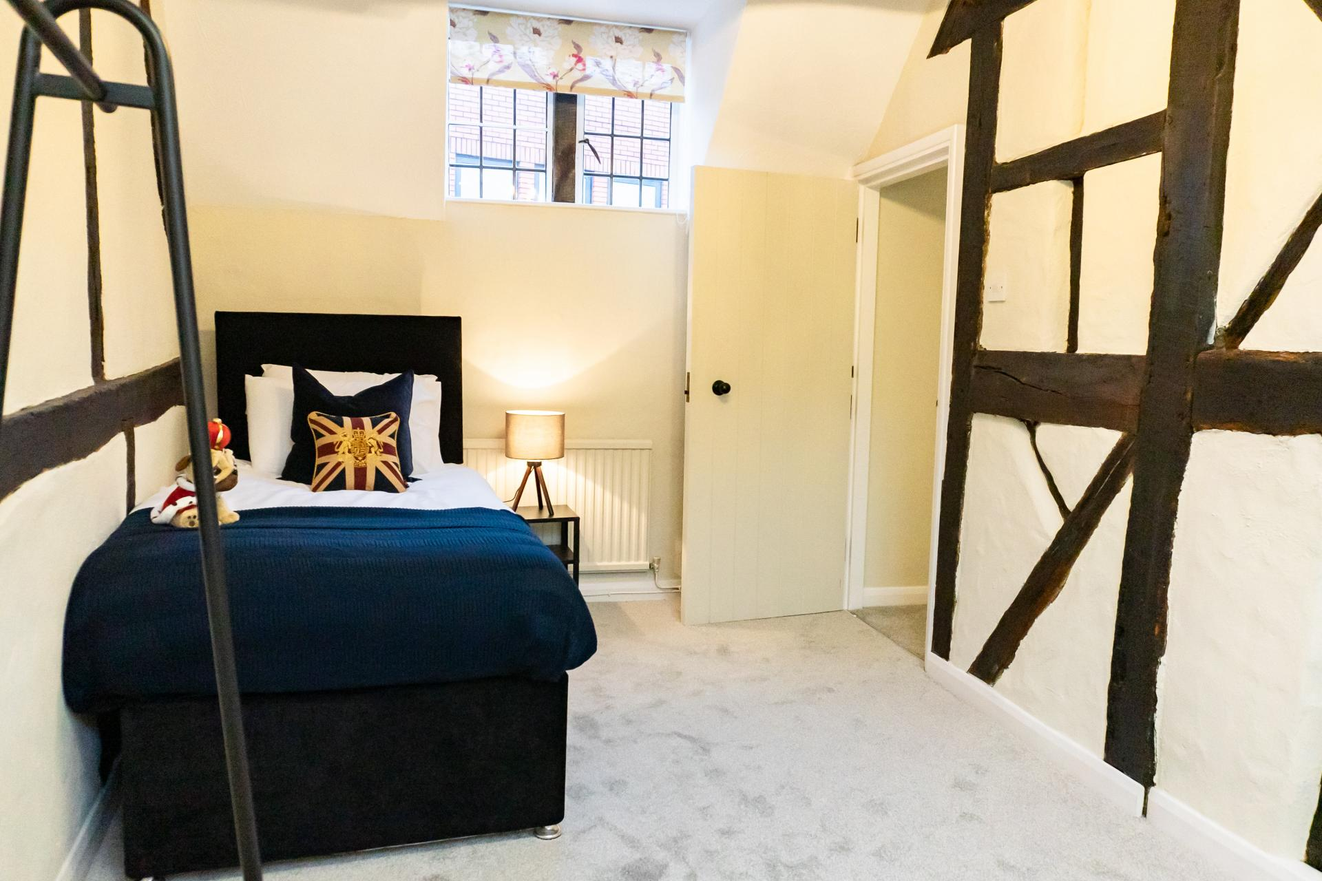Bed at Queen Anne's Court Apartment, Centre, Windsor - Citybase Apartments