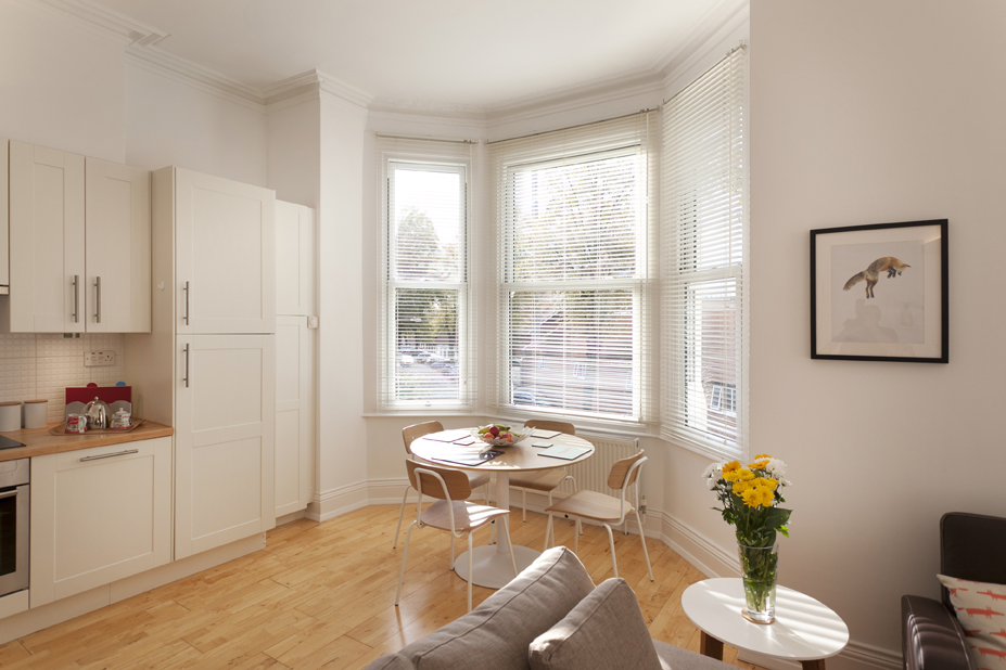 Dining area at Fox Den Apartment, West Bridgford, Nottingham - Citybase Apartments