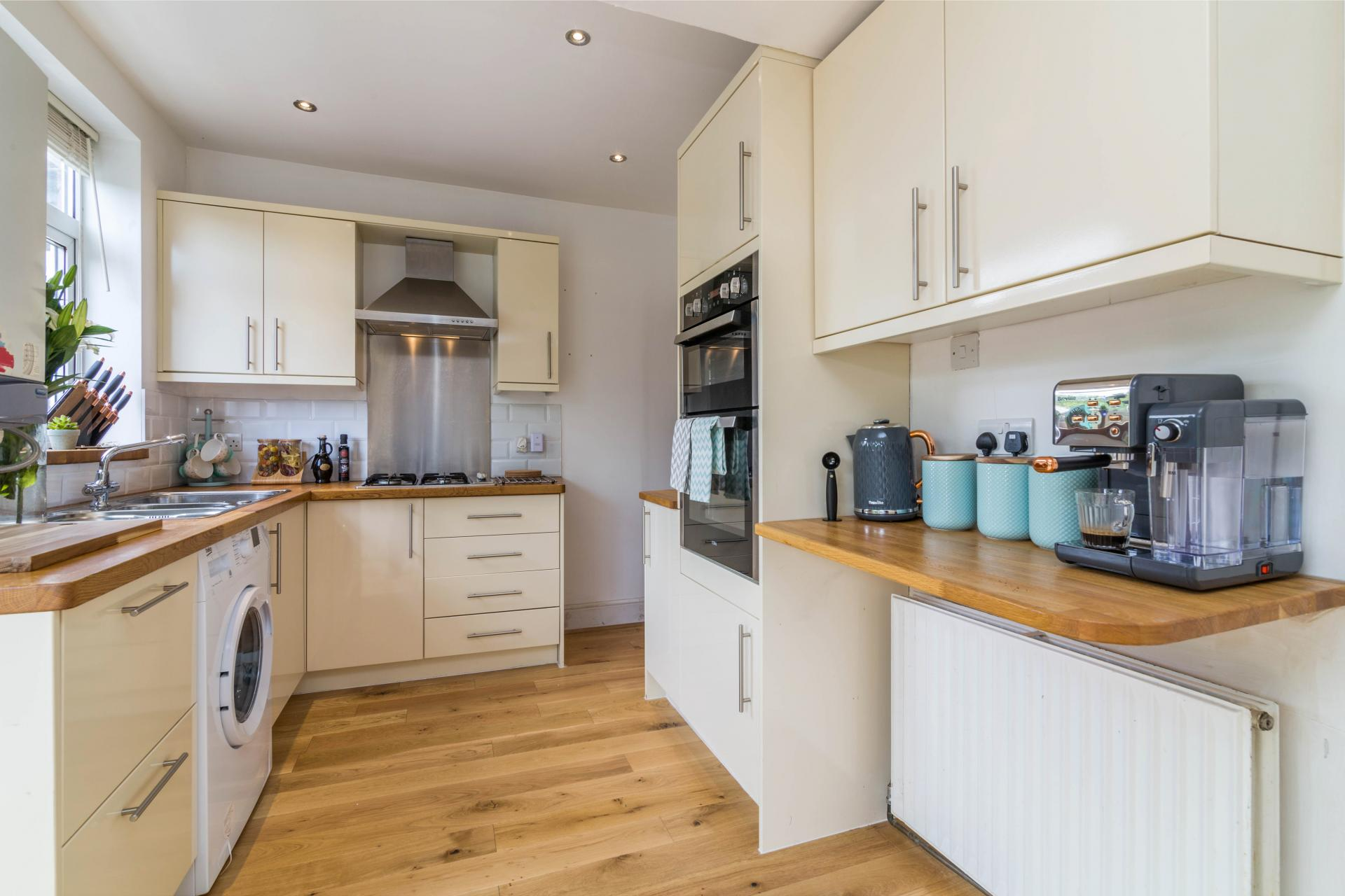 Kitchen at Julian House, West Bridgford, Nottingham - Citybase Apartments