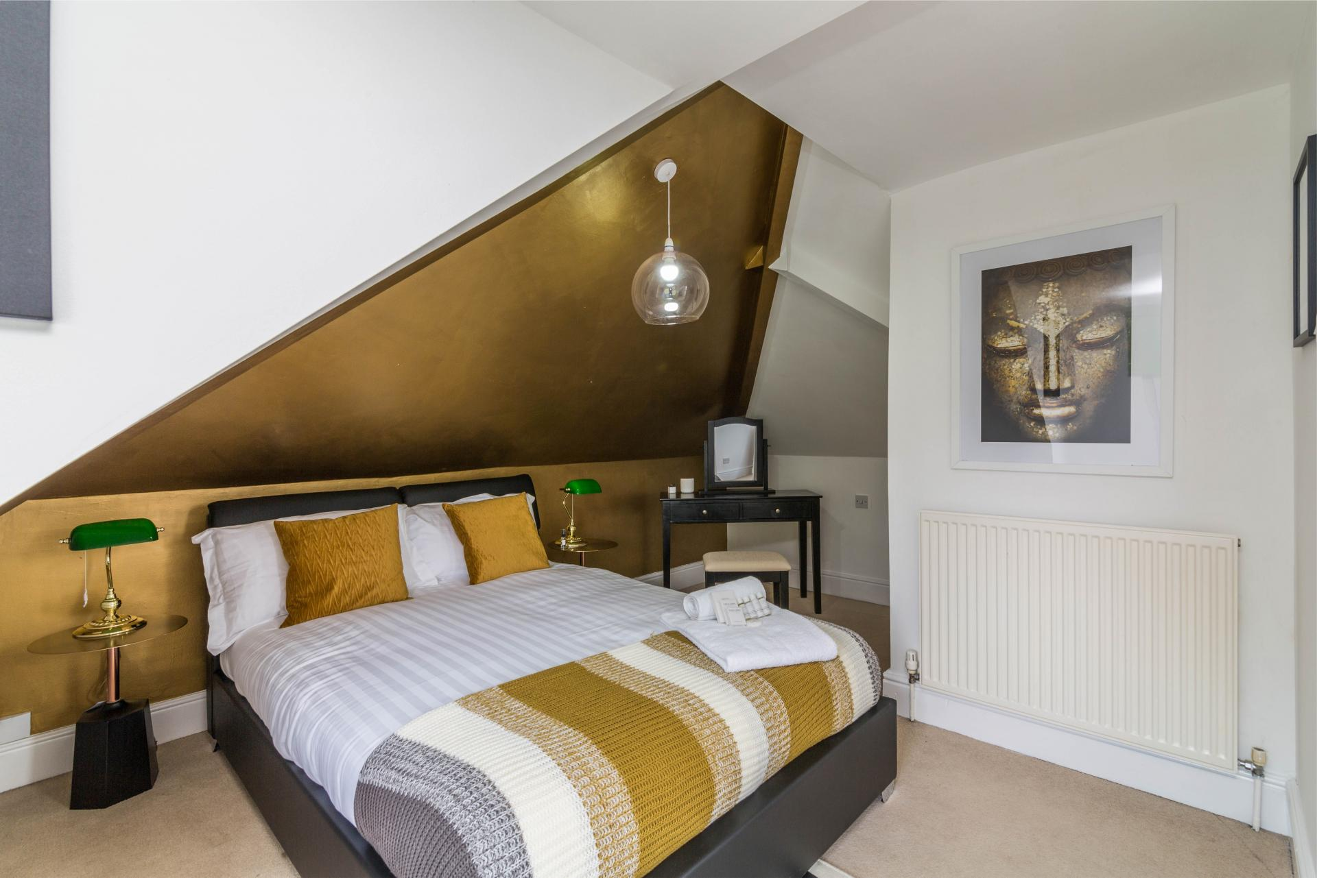 Master bedroom at Julian House, West Bridgford, Nottingham - Citybase Apartments