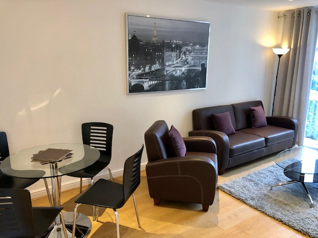 Living area at Elmhurst Court Apartments, Centre, Camberley - Citybase Apartments