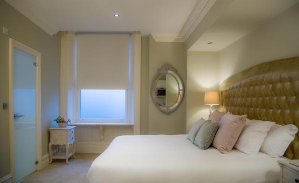 Cosy bed at Winckley Square Hotel, Centre, Preston - Citybase Apartments