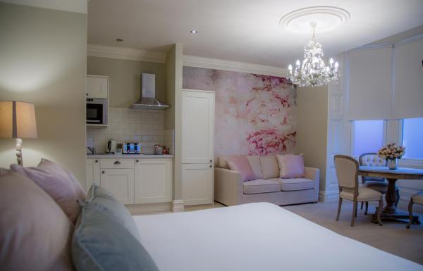 Lounge at Winckley Square Hotel, Centre, Preston - Citybase Apartments