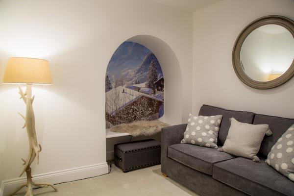 Sofa at Winckley Square Hotel, Centre, Preston - Citybase Apartments