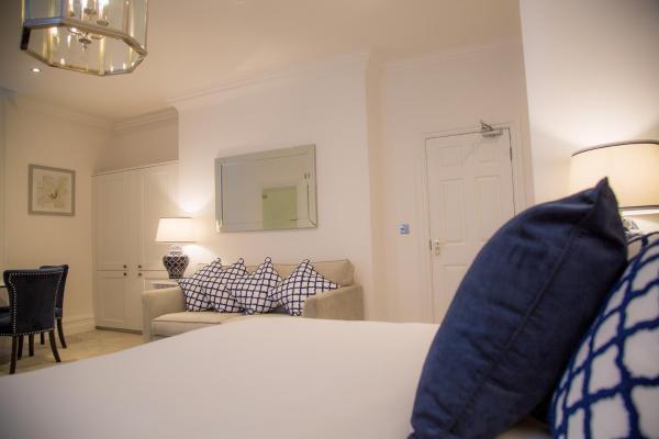 Blue pillow at Winckley Square Hotel, Centre, Preston - Citybase Apartments